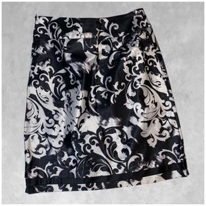 EAST 5TH black white silky skirt 12 Nwot